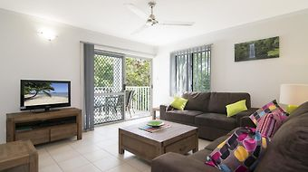 Port Douglas Outrigger Holiday Apartments photos Room