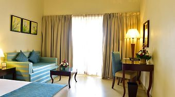 Golden Tulip Goa Candolim photos Room