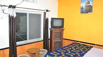 Priya Guest House photos Room