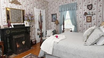 Belle Hearth Bed And Breakfast photos Room