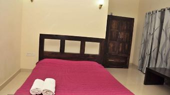 Xl Homestay photos Room