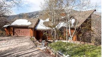 Mountain Valley Retreat East End Aspen Home- By Mccartney photos Room