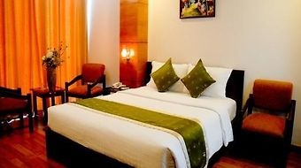 Quynh Huong Hotel photos Room