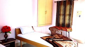 Shri Yoga Mandir Guest House photos Room