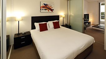 Cairns Luxury Apartments photos Room