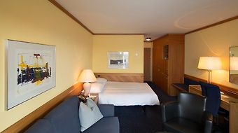 Stay At Zurich Airport Hotel photos Room