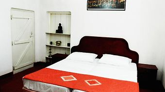 Home Away From Home photos Room