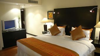Ramada Plaza Karachi Airport Hotel photos Room