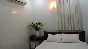 Vy Khanh Guesthouse photos Room