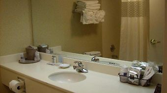 Hampton Inn Adel photos Facilities Bathroom Vanity