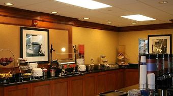 Hampton Inn & Suites Frederick-Fort Detrick photos Restaurant Breakfast Area