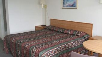 Red Carpet Inn Phelps photos Room Guest Room