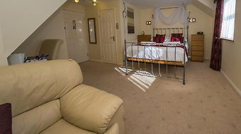 Southview Guest House & Indoor Pool photos Room