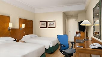 Hilton Rome Airport Hotel photos Room