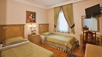 Alzer Hotel photos Room