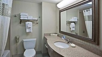 Hampton Inn Ithaca photos Room