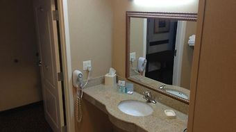Hampton Inn Kingston photos Room