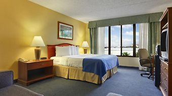 Ramada Lakeland photos Room