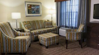 Hampton Inn & Suites Yonkers photos Room