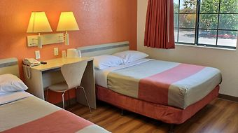 Motel 6 Coalinga East photos Room