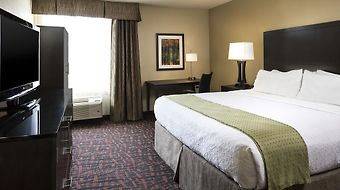 Holiday Inn Wichita East I-35 photos Room