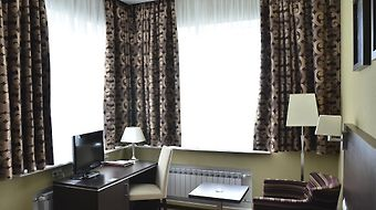 Grinn Hotel photos Room