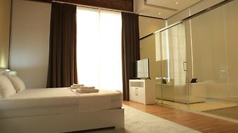 Prestige photos Room