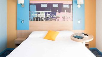 Ibis Styles Marennes Oleron photos Room Guest room