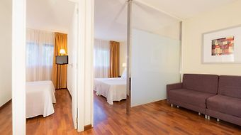 Tryp Valencia Feria photos Room