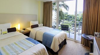 New Otani Kaimana Beach Hotel photos Room