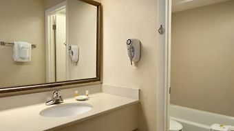 Days Inn Cocoa Beach photos Room
