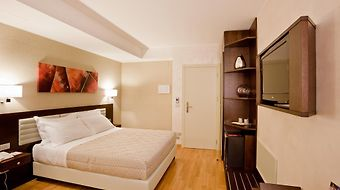 Breaking Business Hotel photos Room