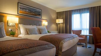 Clayton Hotel Leopardstown photos Room