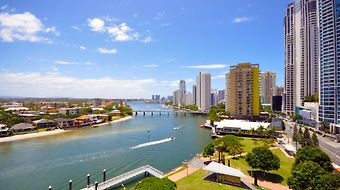 The Moorings On Cavill Surfers Paradise Apartments photos Room