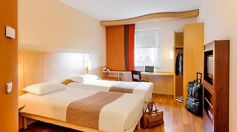 Ibis Stuttgart Airport Messe photos Room