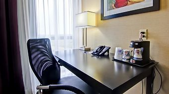 Best Western Plus Toronto North York Hotel & Suite photos Room