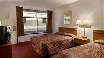 Howard Johnson Inn & Suites Columbus Ga photos Room Photo album