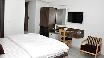 Hotel Grand Ambience photos Room Hotel information