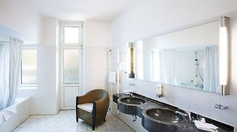 Relexa Hotel Bellevue Hamburg photos Room Premium