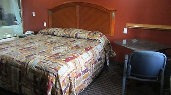 Scottish Inns & Suites I-10 East Fwy. photos Room Hotel information