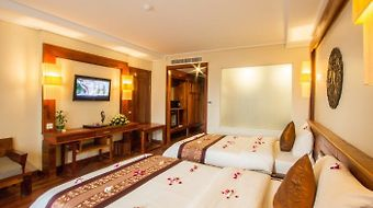 Royal Empire Hotel photos Room Premium Twin