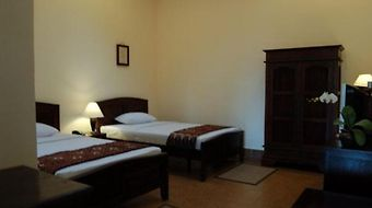 Monginsidi Guest House photos Room