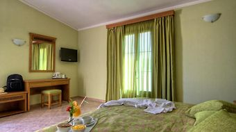 Solimar Emerald photos Room