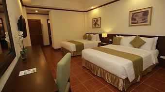 The Suites At Mount Malarayat photos Room