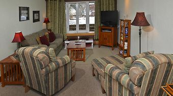 Vail Trails Chalet By Berkshire Hathaway photos Room