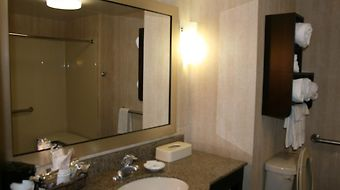 Hampton Inn Niagara Falls photos Room