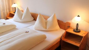 Hotel Goldenes Lamm photos Room Hotel information