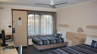 Raglan Motor Inn photos Room