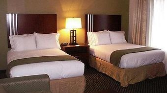 Holiday Inn Express And Suites Indianapolis East photos Room