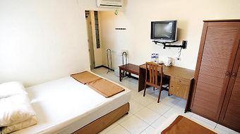 Hotel Sumber Waras photos Room